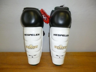 Chrániče na holeně Hespeler bílé
